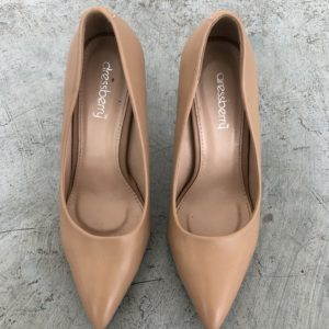 RootsandLeisure_Preowned_Pumps